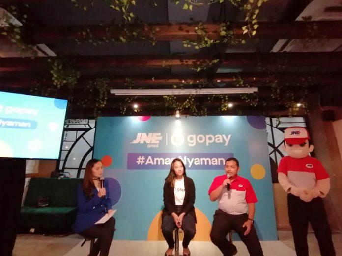 JNE Targetkan 25% Mitranya Gunakan GoPay